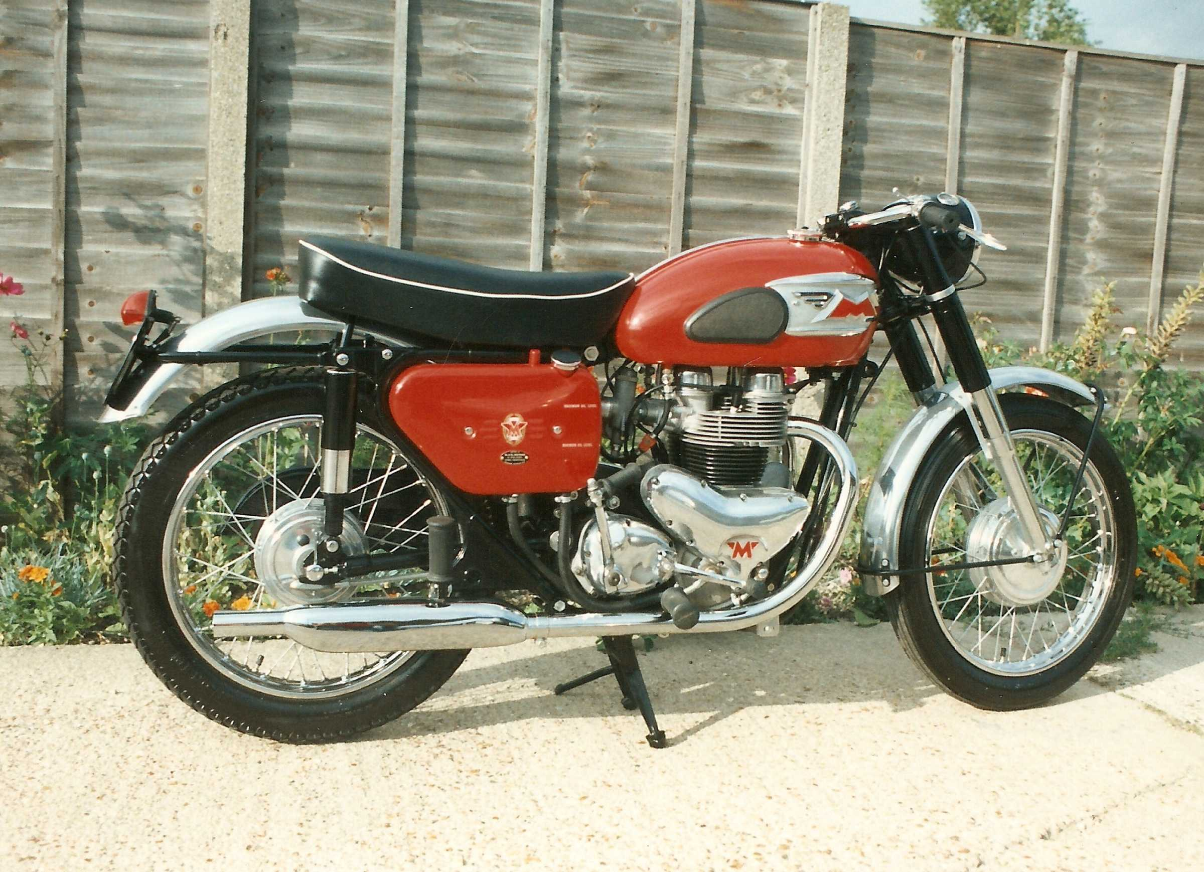 To this sporty Matchless G12 which was an unusual project in so far as it was one of the few restorables that was completely unmolested and still in original factory finish